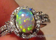 Beautiful Opal & Diamond Ring 14k White Gold