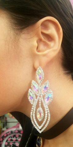 Fashion Jewelry, Trendy Jewelry, silver Earrings, Bridal Jewelry, Rhinestone Earrings #Jewelryideas #weddingjewelry Jewelry on Pinterst, jewelry, fashion