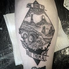 LOTR homage on the shin for Alice. Ace to see you again :-)… Tolkien Tattoo, Hobbit Tattoo, Lotr Tattoo, Zelda Tattoo, Ring Tattoos, Piercing Tattoo, Body Art Tattoos, New Tattoos, Sleeve Tattoos
