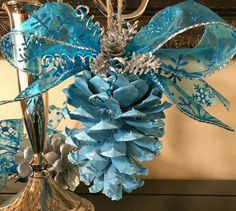 This post was discovered by Li Pinecone Ornaments, Handmade Ornaments, Diy Christmas Ornaments, Rustic Christmas, Christmas Art, Christmas Wreaths, Primitive Christmas, Pine Cone Art, Pine Cone Crafts