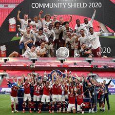 Community Shield, Arsenal Fc, Arsenal Football, Eden Hazard, Travel Humor, Old Trafford, Wedding Art, Animal Quotes, Psg