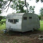 Ideas Repair Small Campers Classic Travel Trailer, If you're going to be residing in your camper fulltime, then you want to be certain that you track down an RV that's right for your lifestyle and your..., #campers #classic #ideas #repair #small #trailer #travel Old Campers, Small Campers, Happy Campers, Tiny Camper, Camper Van, Camping Glamping, Camping Hacks, Camping Stuff, Outdoor Camping