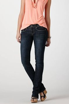 """""""Skinny Kick"""" jeans from American Eagle - for women who actually, you know, have hips and thighs."""