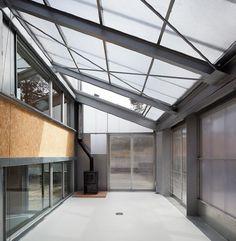 Miguel de Guzmán Architect: El Espinar House - Thisispaper Magazine