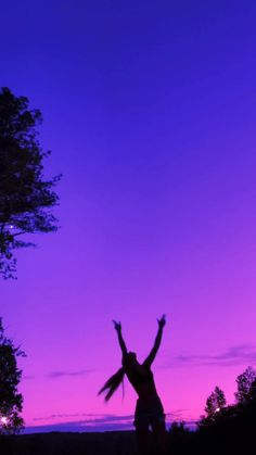 Night Aesthetic, Film Aesthetic, Aesthetic Collage, Aesthetic Videos, Aesthetic Backgrounds, Aesthetic Pictures, Aesthetic Wallpapers, Dark Purple Aesthetic, Violet Aesthetic