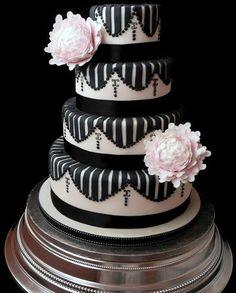 Black & White Wedding cake from www.cakesjust4u.jimdo.com