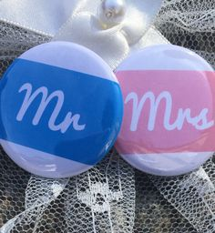 The Happy Couple, Muffin ink Wedding badges