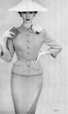 Dovima. 1954-she is so fabulous that i may live a second longer.  via Janet Brooks~Watson #fashion #clothing #women
