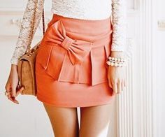 Love this skirt, everything abouts it! :)