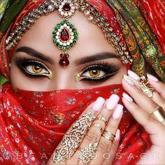 58 Trendy hair color miel make up Arabian Eyes, Arabian Makeup, Arabian Beauty, Pretty Eyes, Cool Eyes, Beautiful Eyes, Indian Makeup, Indian Beauty, Exotic Beauties