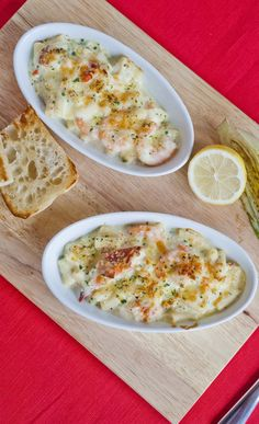 King Prawn and Lobster Macaroni Cheese - A fantastic shellfish twist on a classic comfort food recipe - http://www.fishisthedish.co.uk/recipes/greatforkids/1438-king-prawn-and-lobster-macaroni-cheese