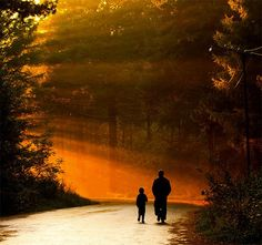 """The apple doesn't fall too far from the tree: 30 sweet and beautiful """"father and son"""" photos"""