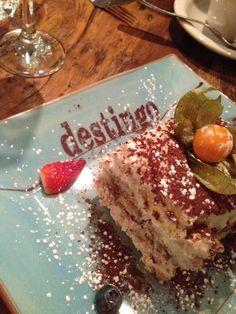 RESTO REVIEW: Destingo Modern Italian Kitchen http://urbanmoms.ca/life/food/resto-review-destingo-modern-italian-kitchen/ 3Restaurant #dessert #tiramisu  #toronto #Italian #italianfood #italiandesserts #food #foodreviews