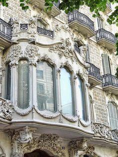 Window Rambla de Catalunya 78, Barcelona