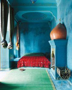 Moroccan bedroom via My Bohemian Home - Marrakech Moroccan Room, Moroccan Blue, Moroccan Design, Moroccan Decor, Moroccan Style, Moroccan Colors, Morrocan Interior, Turkish Decor, Moroccan Wedding