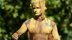 Genieten van levende standbeelden | Spitsnieuws Living Statue, Buddha