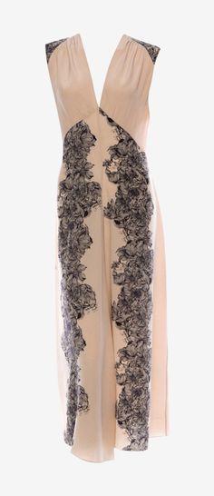 Vaunte is your Fashion, Beauty, Health & Fitness website. Dressy Dresses, Cute Dresses, Party Dresses, Fashion Hub, I Love Fashion, Classy Outfits, Beautiful Outfits, Black Silk Dress, Vanessa Bruno