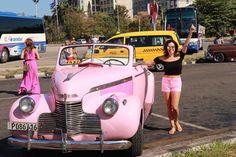 En uno de los #autos #tradicionales de #lahabana #almendrones http://unirazzi.com/ipost/1514047172315124772/?code=BUC-eGnBxQk
