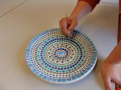 Creatief. Schaal mozaiek. Gemaakt door Esther Baselier.