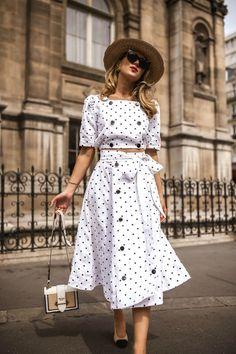 Polka dots make bad moods impossible memorandum * fashion*bl Fashion Over 40, Look Fashion, Retro Fashion, Womens Fashion, Fashion Trends, 50 Fashion, Fashion Bloggers, Fashion Styles, Trendy Fashion