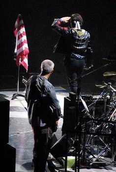 U2 ~ Bono & Adam, Vertigo era, 2005.