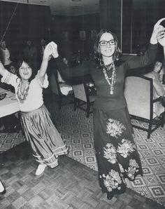 Nana Mouskouri, Greek Music, Good Music, Female Singers