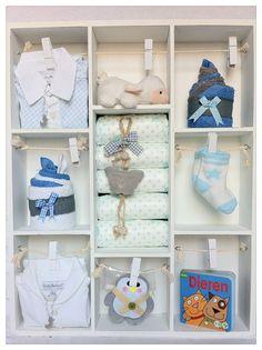Letterbak als Kraamcadeau voor een Jongen en Zoon - Baby Shower Gift Boy. Info: https://joleenskraamcadeaus.wix.com/kraamcadeau#!product/prd1/1798676845/gevulde-letterbak