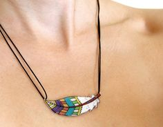 Feather necklace by lacravatteduchien on Etsy, €15.00