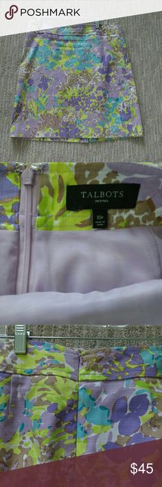 Talbots Floral Skirt Pastel floral A-line skirt, like new condition, no flaws at all. Size 10 petite. Talbots Skirts A-Line or Full