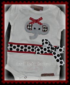 cute cute cute ... LOVE the Polka Dots!