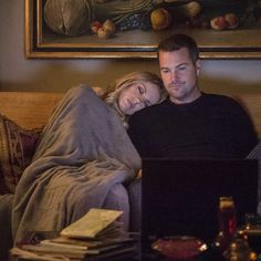 Callen and Anna Ncis Los Angeles, Sarah Wright Olsen, Ncis Cast, Ncis New, Kissy Face, Cop Show, Romance Movies, Stephen Amell, Movies And Tv Shows