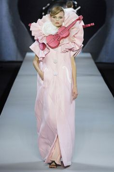It was indeed a summer of love for Viktor & Rolf for their spring/summer 2009 collection