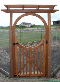 Garden Gate Placed At The Vegetable Yard Entrances With Color Palettes. Wooden Fence Designs Pin By Parni Ray On Carepenting Plans In 2019 - Gardenide Garden Archway, Garden Entrance, Garden Doors, Garden Arbor, Entrance Gates, Backyard Gates, Garden Gates And Fencing, Wooden Garden Gate, Wooden Gates