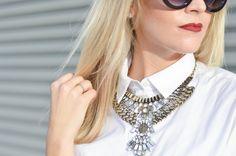 Statement bib necklace // polkadotsandsailorstripes.com