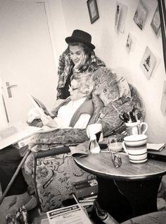 #wattpad #random La définition de quatre types en facts.  The Vamps : est un groupe de pop rock britannique composé de quatre membres : Bradley Will Simpson (chanteur principal, guitariste), James Daniel McVey (guitariste, chœur), Connor Samuel John Ball (bassiste, chœur) et Tristan Oliver Vance Evans (batteur, chœ...