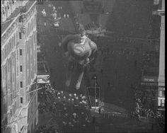 Superman soars at the Toronto Christmas Parade, 1966. Watch the parade: http://www.britishpathe.com/video/xmas-parade