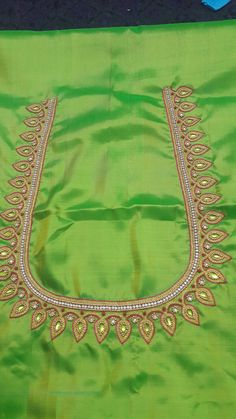 Kids Blouse Designs, Simple Blouse Designs, Blouse Neck Designs, Hand Designs, Mirror Work Blouse Design, Wedding Saree Blouse Designs, Maggam Work Designs, Embroidery Neck Designs, Neckline Designs