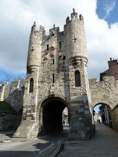 Micklegate Bar is a 12th century Norman arched gate and rebuilt in the late-12th or early-13th century!!