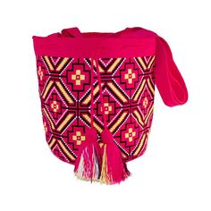 Wayuu Mochila bag Support indigenous people through our ngo  #ngo #❤️ #wayuu #style #ethicalfashion #indigenousrights #ootd #love #mochila #fblogger #fashion #fashionblogger #칠라백 #와유백 #독특한 #排他的 #獨家 #퓨전 #融合 #聚變 #애정 #愛 #愛 #귀엽다 #可愛い #taiwan #china #wayuulovers #newyork #pink