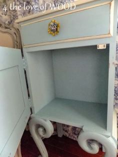 4 the love of wood: TIFFANY BLUE NIGHTSTAND shabby chic bedside table