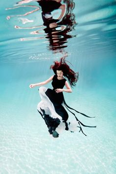 Feline Blushs Wonderland Couture Campaign Offers Underwater Imagery by Ilse Moore. I just love the idea of high fashion captured from a different perspective. Too cool!#Repin By:Pinterest++ for iPad#
