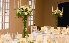 décoration florale de table  | Une décoration florale en hauteur une réception de mariage ...