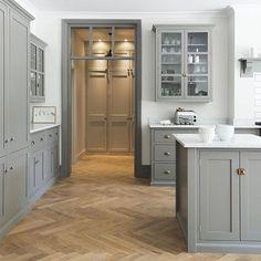 Adore this kitchen ✨ #34kvadrat #kitcheninspo #kitchendesign #köksinspiration #köksluckor ...