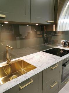 AUBO Trend Nordic kjøkken Ikea Kitchen Remodel, Interior Design Kitchen, Backsplash, Home Decor, Minimalism, Kitchen Modern, Decoration Home, Room Decor, Kitchen Interior