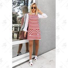 WEBSTA @ slywear - Truque de styling com nosso vestido listrado: camisa branca sobreposta. ❤️ #looksly #slywear | @natanadeleon @rosatrapo