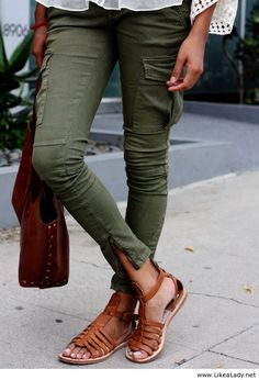 Lara Croft - Tomb Raider Skinny Cargo Pants! I just featured 2 different pairs of some that are very similar to these! If you like my pins, please follow me and subscribe to my new fashion channel! Let me help u find all the things that u love from Pinterest! https://www.youtube.com/watch?v=XSiQP5OFjXE&list=UUCP8TXebOqQ_n_ouQfAfuXw
