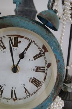 .I love this clock. I don't care if it keeps time. It would make me happy just to have it around,