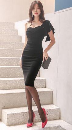Fashion Women's Clothing Online Shopping Fashion Model Asian Beauty Ideas – Her Crochet Mode Outfits, Sexy Outfits, Sexy Dresses, Fashion Outfits, Fashion Clothes, Grunge Outfits, Fashion Models, Girl Fashion, Womens Fashion