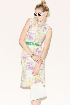 Vintage 70s Floral Knit Dress http://thriftedandmodern.com/vintage-70s-floral-knit-dress#