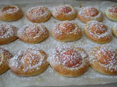 Marhuľové oči Hamburger, Bread, Basket, Brot, Baking, Burgers, Breads, Buns